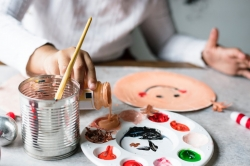 Rainbow Families: Crafty Kids